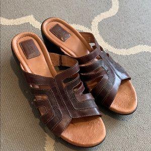 Shoes - Clark's Women's sandals size 10